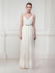 Une robe de vestale | GLAMOUR