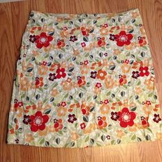 Geoffrey Beene Floral Print skirt Beautiful, tan, red, cream, orange and green floral print skirt Geoffrey Beene Skirts