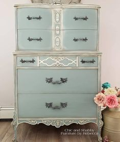 Another one of my fav's this year. I definitely want to use @dixiebellepaint Duck Egg Blue again soon!  . . . . . #chicandshabbyfurniturebyrebecca  #bestpaintonplanetearth #chalklife #chalkmineralpaint #easypeasypaint #dixiebellepaint #vintagestyle #vintagefurniture #redesign #homedesign #paintedfurniture #repurposed #homedecor #shabbychic #cottagedecor #cottagestyle #creative #countrychic #interiordecor #upcycled #paintedfurniture #vintagestyle #rusticelegance #duckeggblue Vintage Furniture, Painted Furniture, Home Furniture, Dresser Table, French Dresser, Dixie Belle Paint, Mineral Paint, Duck Egg Blue, Rustic Elegance