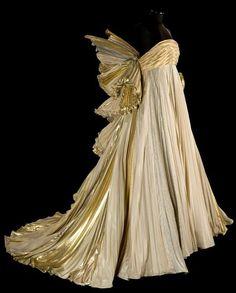 Roberto Capucci - Haute Couture - Robe de Soirée 'Sculpture' - l'Ange d'Or - 1987
