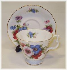 porzellan on pinterest royal albert bone china and bavaria. Black Bedroom Furniture Sets. Home Design Ideas