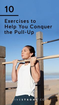 The pull-up is one of the most effective ways to strengthen your body, and you only need a bar and your body weight. These 10 beginner exercises will strengthen and tone the muscles you need to perform a perfect pull-up in no time. Losing Weight Tips, Easy Weight Loss, Weight Loss Program, Weight Gain, Reduce Weight, Pull Up Workout, Bar Workout, Workout Plans, Workout Ideas