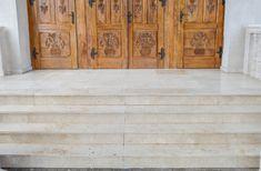 idei trepte contratrepte marmura granit travertin GVB Stone Division Hardwood Floors, Flooring, Division, Garage Doors, Stone, Outdoor Decor, Crafts, Home Decor, Travertine