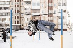 """[AILLEURS] Le festival international du photojournalisme """"Visa Pour l'Image""""…"""