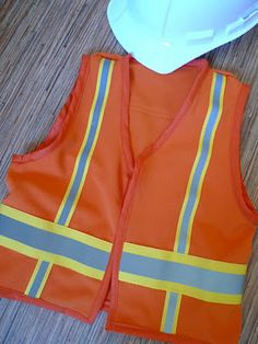 egg juice with pepperoni: construction vest