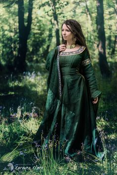 Photography by Carmen Clark, forest maiden, fantasy, medieval