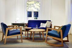 Beistelltische 1860 komplettieren die gemütliche Lounge-Runde - THONET-Möbel - Stühle, Tische, Sessel und Sofas, Design-Klassiker aus Bugholz und Stahlrohr