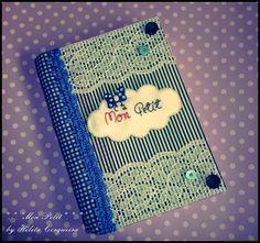 porque escrever é boooom...  caderno customizado com tecido
