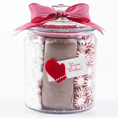 Holiday Season Sweets Jar Make a quick, inexpensive craft that's perfect for the holiday season. Place bagged cocoa mix in the middle of a clear jar with lid and fill the sides with peppermints and marshmallows. Holiday Fun, Christmas Holidays, Christmas Presents, Christmas Decor, Christmas Ideas, Cheap Christmas, Christmas Sweets, Diy Christmas Hostess Gifts, Christmas Neighbor
