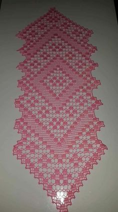 How to Crochet For Beginners: A Step-by-Step Guide Crochet Placemat Patterns, Crochet Table Runner Pattern, Granny Square Crochet Pattern, Crochet Motif, Knitting Patterns, Lace Doilies, Crochet Doilies, Crochet Flowers, Crocheted Lace