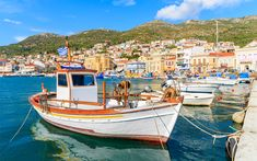 Lush landscapes, endless beaches, architectural jewels and significant archaeological sites make Samos, in the southeast Aegean, a special destination.