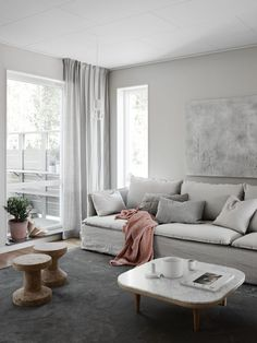 Amazingly talented stylist Pella Hedebys newest project for JM. Cant believe its IKEAs Söderhamn sofa with Bemz linen covers. So pretty! - Amazing Homes Interior Hygge Home, Interior Design Living Room, Living Room Designs, Living Room Decor, Estilo Interior, Interior Styling, Söderhamn Sofa, Sofa Cushions, Living Room Scandinavian