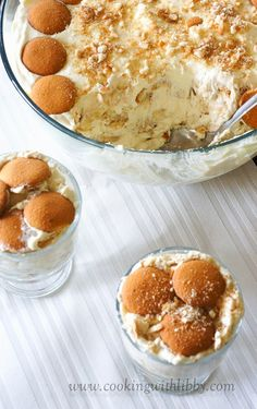 No Bake Banana Cream Pudding _ This recipe has stayed in my favorites collection for years and we hope it will make it to your collection too ;)!