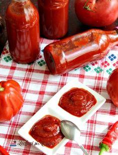 Ketchup de casă picant - pentru iarnă - Lecturi si Arome Ketchup, Vegetarian Recipes, Cooking Recipes, Healthy Recipes, Jacque Pepin, Good Food, Yummy Food, Pickling Cucumbers, Romanian Food
