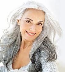 Beautiful older woman :) Daenerys Targaryen