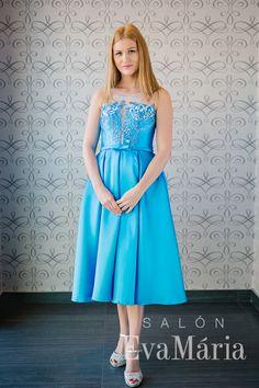 Plesové šaty na poľovnícky ples, na ples športovcov... Dresses, Fashion, Moda, Vestidos, Fashion Styles, Dress, Dressers, Fashion Illustrations, Gowns