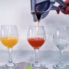 Home Gadgets, Cooking Gadgets, Cooking Tools, Kitchen Gadgets, Inventions Sympas, Canned Juice, Fruit Juicer, Kitchen Items, Kitchen Tools