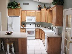 Pinyon Ranch Woodworx - Kitchen Prices - Custom Kitchen Cabinetry - Kitchen Cabinets, Bathroom Cabinets & Cabinets Throughout the Home