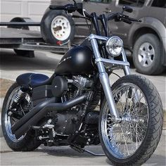 :: Harley Davidson :: HD Dyna mild custom. Nicely done. Simple and clean.