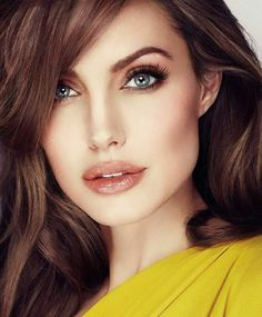 Take a look at the best Angelina Jolie makeup in the photos below and get ideas for your cute outfits! Kylie Jenner / Angelina Jolie lips without injections – makeup / lip tutorial from Mellifluous Mermaid – how to get… Continue Reading → Angelina Jolie Photoshoot, Angelina Jolie Images, Angelina Jolie Makeup, Angelina Joile, Angelina Jolie Style, Jolie Pitt, Le Jolie, Beautiful Celebrities, Beautiful Actresses