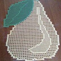 Home Decor Crochet Patterns Part 99 - Beautiful Crochet Patterns and Knitting Patterns Filet Crochet, Crochet Motifs, Crochet Doilies, Crochet Yarn, Crochet Stitches Patterns, Doily Patterns, Knitting Patterns, Crochet Leaves, Crochet Home Decor