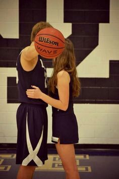 11 best basketball relationship goals images in 2015 Basketball Couple Pictures, Basketball Couples, Basketball Boyfriend, Cute Couple Pictures, Basketball Players, Sports Couples, Basketball Shoes, Football Couples, Couple Ideas