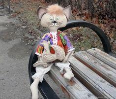 Купить Кот Василий с курочкой - 2 в интернет магазине на Ярмарке Мастеров