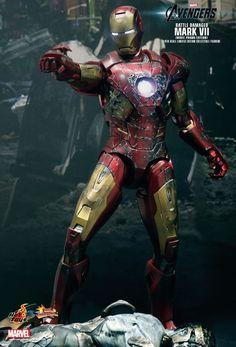 Marvel Dc Comics, Marvel Heroes, Marvel Characters, Marvel Avengers, Spiderman, Batman Vs Superman, All Iron Man Suits, Iron Man Fan Art, Hot Toys Iron Man