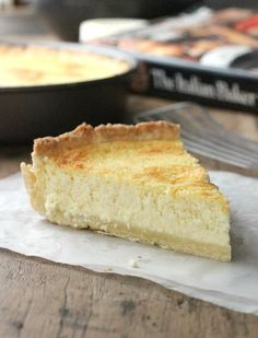 LEMON RICOTTA PIE is smooth, creamy, with a hint of marsala and a soft sweet pie dough. A typical Italian dessert that will become a favorite fast. Dessert Simple, Apple Cake Recipes, Cheesecake Recipes, Great Desserts, Dessert Recipes, Ricotta Pie, Streusel Cake, Sweet Pastries, Sweet Pie