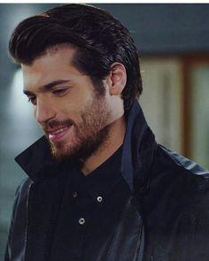 "28 aprecieri, 1 comentarii - Can yaman Fan Hesabı (@_canyamanfc) pe Instagram: ""Bu aralar çok aktif olamıyorum. Kusura bakmayın:)) @canyaman #canyaman #feritaslan #yalinaras…"" Hot Actors, Actors & Actresses, Turkish Actors, Turkish Men, Hottest Male Celebrities, Handsome Guys, Cute Guys, Gorgeous Men, Canning"
