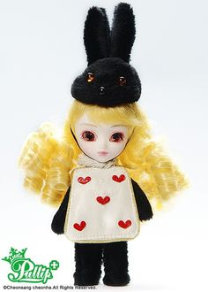 Name :  March Hare  / *Available Now  / Accessories: Doll Stand