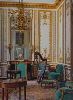 Marie Antoinetteu0027s Music Room, The Gold Room, As Redecorated In 1783