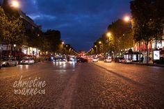 Evening scene along avenue Champs-Élysées. | Paris Travel