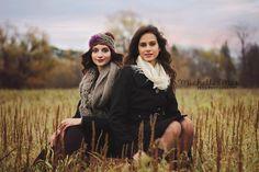 Sister Photography Poses | posing ideas, posing guide, sisters posing, sibling poses, family ...