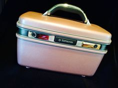 Retro Metalic Purple Train Case by Samsonite by JaybirdFinds