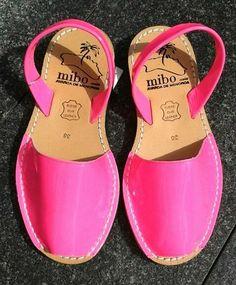 Pink Palmera's $100