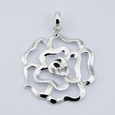 DESIGNER AJOURE SILVER ROSE FLOWER PENDANT NOW $29.95aus With FREE SHIPPING WORLD WIDE.. SAVE THIS PIN OR BUY NOW FROM LINK HERE .............  http://www.ebay.com.au/itm/-/182265020766?ssPageName=ADME:L:LCA:AU:1123