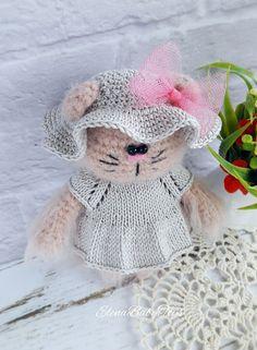 PDF Кошечка. Free crochet amigurumi pattern. Бесплатный мастер-класс, схема и описание для вязания игрушки амигуруми крючком. Вяжем игрушки своими руками! #амигуруми #amigurumi #схема #описание #мк #pattern #вязание #crochet #knitting #toy #handmade #поделки #pdf #рукоделие #кот #котик #кошка #киса #киска #кошечка #котенок #котёнок #cat #kitten