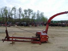 New Holland 718 harvester salvaged for used parts. This unit is available at All States Ag Parts in Downing, WI. Call 877-530-1010 parts. Unit ID#: EQ-24254. The photo depicts the equipment in the condition it arrived at our salvage yard. Parts shown may or may not still be available. http://www.TractorPartsASAP.com