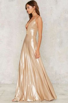b1e4f8edc7 7 Best metallic maxi dress images