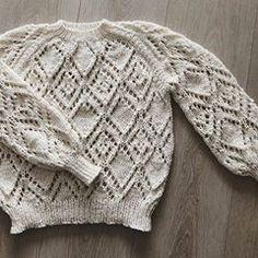 DROPS Design / Garnstudio (@dropsdesign) • Instagram photos and videos Baby Knitting Patterns, Free Knitting, Crochet Patterns, Drops Design, Gilet Crochet, Knit Crochet, Chain Stitch, Slip Stitch, Crochet Diagram