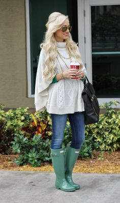 A Spoonful of Style: Cable Knit Obsession...loving the Gap cable poncho