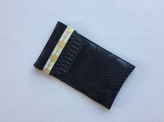 Etui à lunette ou à stylos simili cuir noir : Etuis, mini sacs par only-by-elise