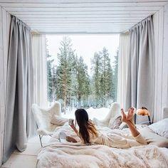 hotel de lujo Finland hotel in winter via Tara Milk Tea Tara Milk Tea, Treehouse Hotel, Luxury Accommodation, Luxury Hotels, Shooting Photo, Stay Calm, Luxury Life, Best Interior, Decoration