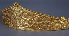 Antique Tiara, Italy (ca. 330-300 BC; gold). © Trustees of the British Museum.