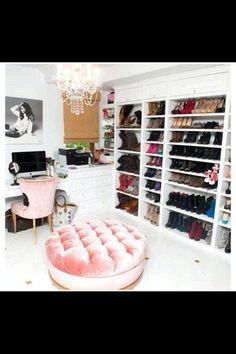 Ultra Glam Closet