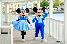 Look who popped in to visit at a wedding ceremony at Disney's Sea Breeze Point #Mickey #Minnie #Disney #wedding