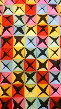 3D kompozice z barevného papíru
