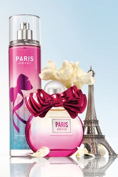 From Paris, with love! Like a romantic stroll through the City of Love, Paris Amour® is a dreamy blend of French tulips with a pop of pink champagne. my favorite body spray! Bath N Body Works, Bath And Body Works Perfume, Perfume Body Spray, Neutrogena, Body Mist, Smell Good, Body Care, Face Care, Skin Care