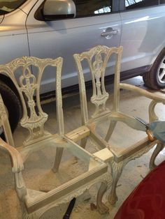 Turning two old chippendale armchairs into a more useful bench for a guest room.